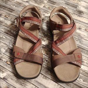 Taos sport sandals sz 8